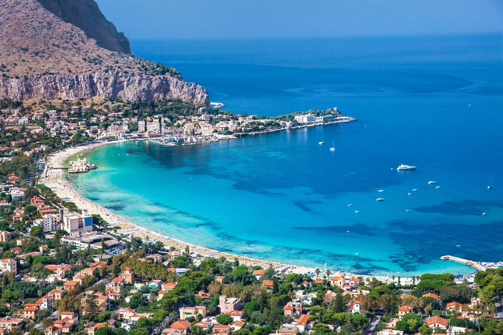Cartina Sicilia Mondello.Mondello Spiagge Cosa Vedere E Hotel Consigliati Assicurazione Di Viaggio