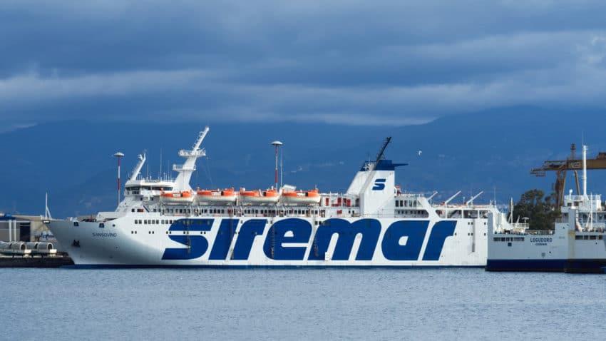 Come arrivare alle Isole Eolie, i traghetti e gli aeroporti utili